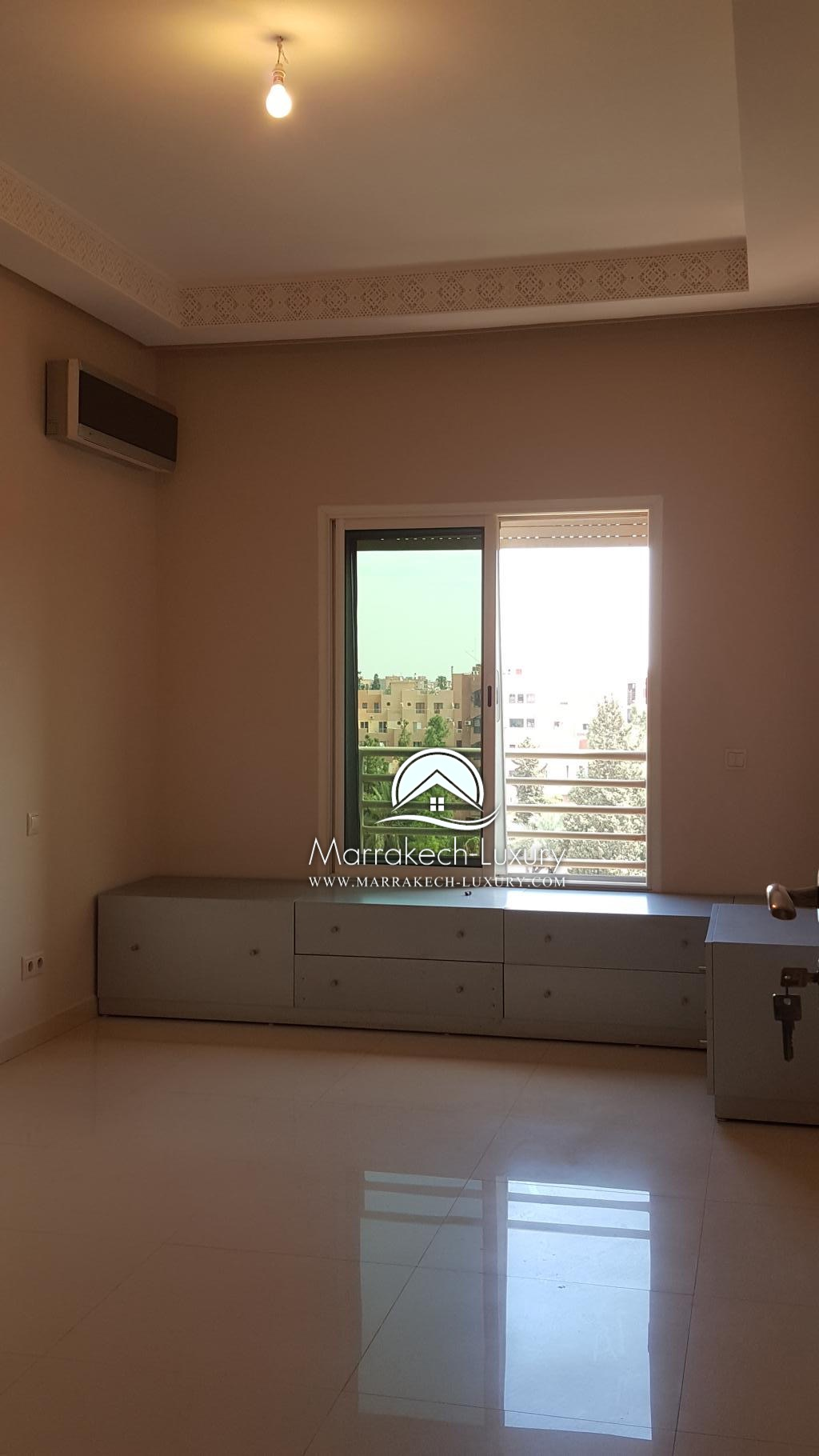 Beau penthouse 2 chambres moderne louer victor hugo for Location appartement sans agence immobiliere