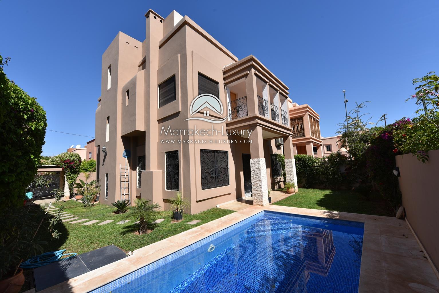 Villa moderne louer targa marrakech agence for Agence immobiliere appartement a louer